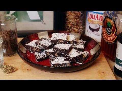 Cannabis Coconut Oil & Magical Miracle Fudge (Vegan): Cooking with Marijuana #27