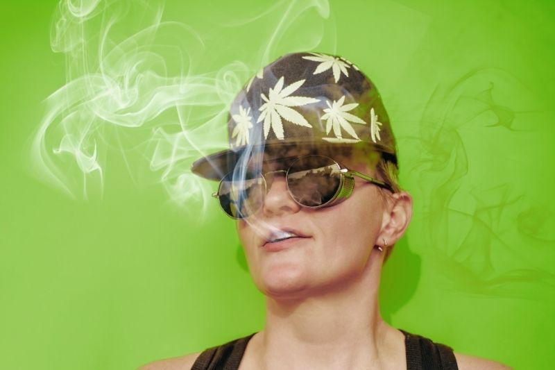 smoking-cannabisexaminer.com